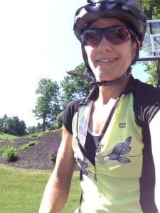 """I have exactly one """"biking"""" shirt.  I'm trying people!!"""