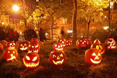 This is a photo from Halloween 2014 in NYC. Now if I can just find this exact spot, the boys will love it!